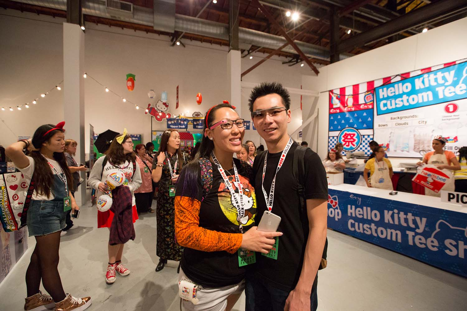 Forty years young hello kitty and the power of cute racked they prefer sanrio exclusives to licensed goods and their latest kick is tracking down early issues of the hello kitty magazine strawberry news solutioingenieria Gallery